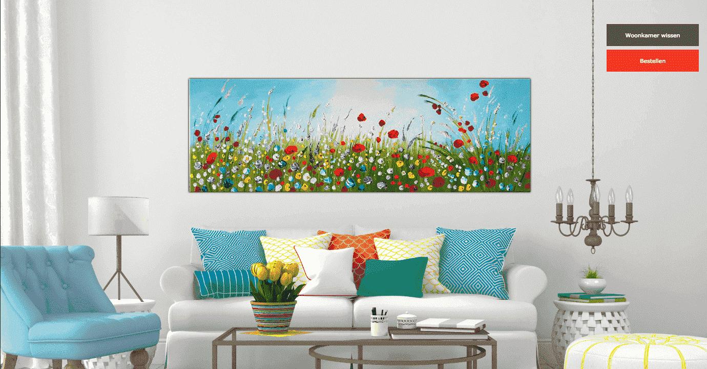 woonkamer met schilderij